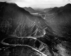 the original pali hwy, before the tunnels, along with many, many amazing photos from hawaii past