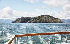 日本一の広さを誇る滋賀県の琵琶湖に浮かぶ、パワースポットとして知られる島〈竹生島(ちくぶしま)〉。そして、秀吉が最初に城持の大名となりつくりあげた楽市楽座のまち、長浜。祭りを受け継ぎ、まちづくりをしてきた人々のパワーが感じられます。…