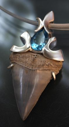 Jewelry   Jewellery   ジュエリー   Bijoux   Gioielli   Joyas   Art   Arte   Création Artistique   Precious Metals   Jewels   Settings   Textures   Pendant ~ Art Metals Studio