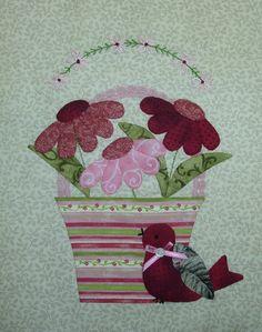 A Tisket a Tasket June Block 004 Hand Applique, Wool Applique, Applique Quilts, Embroidery Applique, Bird Quilt Blocks, Quilt Block Patterns, Applique Patterns, Craft Patterns, Pach Aplique
