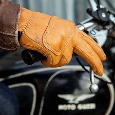 Union Garage NYC | Lee Parks Design DeerTours - Gloves