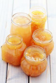 La mermelada de naranjasamargas es sin duda la reinade las mermeladas. Aquípresentamos una variaciónhecha con los cítricos demi jardín.