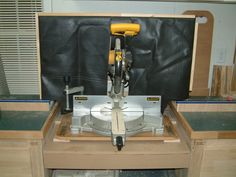 Miter saw dust collection hood