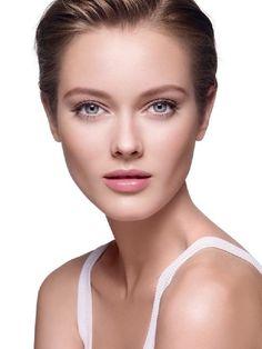 El Fotorejuvenecimiento ayuda a reducir el tamaño de los poros dejando la piel limpia - Elimina rojeces, pequeños capilares y arañas vasculares