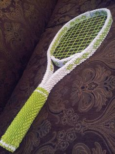 Life size tennis racket-paper and ribbon Origami 3d, Origami Artist, Paper Oragami, 3d Paper, Paper Crafts, Origami Patterns, Kirigami, Hobbies And Crafts, Free Pattern