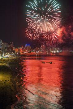 Castillo de Fuegos Artificiales #fiestas #agosto #Calpe