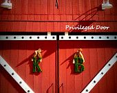 An Uptown Wreath Shoppe by PrivilegedDoor on Etsy