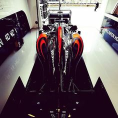 #enlapistadotcom #Repost @mclaren #F1 rocket ship. #McLarenHonda
