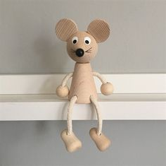 Wooden Sitting Mouse Toy