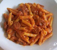 MACARRONES CON CHORIZO (SALSA Y PASTA COCINADAS JUNTAS) Chorizo, Macaroni And Cheese, Bacon, Breakfast, Ethnic Recipes, Desserts, Club, Food, Gastronomia