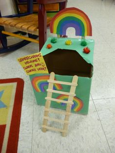 leprechaun trap ideas kids | This one's actually a rainbow cake inside! Check out this link to ...
