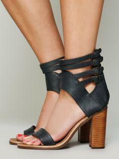 cc03b09a433 Women s Black Moon Heel
