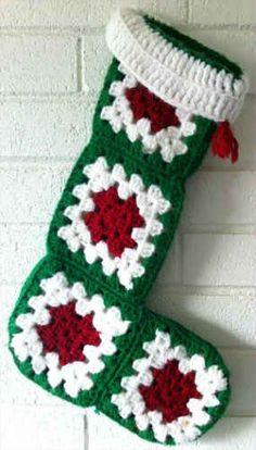 Easy Granny Square Christmas Stocking – Free Crochet Pattern - Emma Lee home Crochet Christmas Stocking Pattern, Crochet Stocking, Crochet Christmas Decorations, Holiday Crochet, Crochet Gifts, Christmas Ideas, Christmas Tables, Nordic Christmas, Modern Christmas