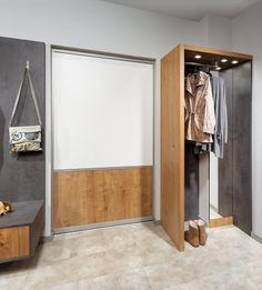 Vorzimmer | P.MAX Maßmöbel - Tischlerqualität aus Österreich Interior, Room, Furniture, Home Decor, Hallways, Welcome, Home, Bedroom, Decoration Home