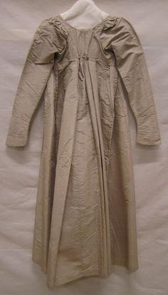 Japon | Gown, ca. 1800-1810, zijde | silk, Gemeentemuseum Den Haag #modemuze #janeausten #gemeentemuseum
