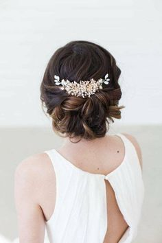 accessoire pour cheveux de mariée et peigne pour cheveux bouclés et chignon