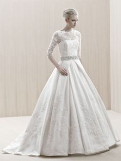ENGLAND / Blue Collection / Enzoani / Available Colours : Ivory, White
