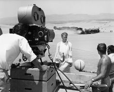 Rare behind the scenes footage with the film producer Sam Spiegel on Lawrence of Arabia. Narrated by Ludovic Kennedy. On location in the desert; filming with Arabs and camels; Sam Spiegel arrives in a plane; Peter O'Toole and director David Lean; filming the quicksand scene: http://cinearchive.org/post/93988831855/rare-behind-the-scenes-footage-with-the-film