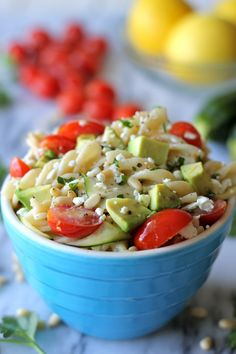 I'd Probly replace zucchini with cucumber and use feta. But yum Zucchini Ribbon Pasta - With spring upon us, it's time to pack in our fresh veggies with this pasta - perfect for Meatless Monday! Pasta Recipes, Salad Recipes, Dinner Recipes, Cooking Recipes, Corn Recipes, Pot Pasta, Pasta Dishes, Trattoria Italiana, Ribbon Pasta