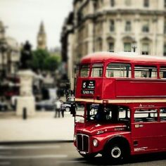 Close your eyes and dream of England Red Bus, London Bus, British Invasion, Great Pic, European Tour, England And Scotland, City Landscape, London Calling, British Isles
