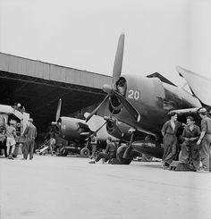 Les avions PB4Y2 Privateer et F6F5 Hellcat de l'Aéronavale dans la bataille de Diên Biên Phu. – ECPAD