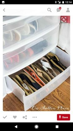 For a quick way to get double the storage space, organize flip flops and sandals on their sides. 16 Genius Shoe Storage Hacks If Your Closet Space Sucks Master Closet, Closet Bedroom, Walk In Closet, Closet Space, Bedroom Storage, Diy Bedroom, Bedroom Ideas, Trendy Bedroom, Ikea Closet