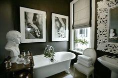 Chic black & white bathroom design with clawfoot tub, black walls paint color, white pedestal . Black White Rooms, Black White Bathrooms, White Art, Small Bathrooms, White Decor, Black Bath, Bad Inspiration, Bathroom Inspiration, Dark Grey Walls