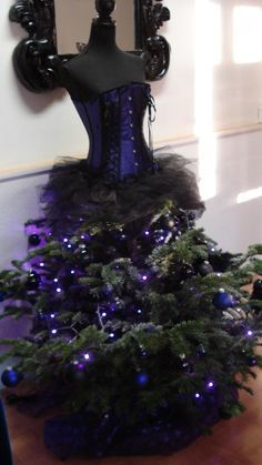 Dress Form/Mannequin Christmas Tree Satin by CarolinaBellDesigns Mannequin Christmas Tree, Dress Form Christmas Tree, Unique Christmas Trees, Decoration Christmas, Purple Christmas, Noel Christmas, All Things Christmas, Beautiful Christmas, Christmas Tree Decorations