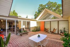 This is how all Eichlers should look like! See more, click on the image!