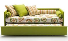 green sofabed, cute!