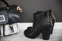 Fall boots // marc Jacobs bag