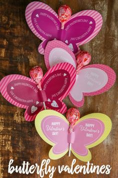 FREE Printable Butterfly Valentines - just print and a sucker for a super cute and fun Valentine! FREE Printable Butterfly Valentines - just print and a sucker for a super cute and fun Valentine! Valentine Boxes For School, Valentine Crafts For Kids, Valentine Decorations, Valentines Diy, Printable Valentine, Homemade Valentines Day Cards, Handmade Valentine Gifts, Happy Happy Happy, Valentine's Cards For Kids