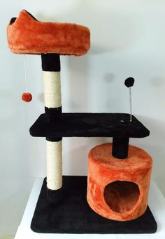 exclusivo gimnasio rascador arañador importado gatos estable Bedroom Plants Decor, Plant Decor, Plastic Milk Crates, Cat Gym, Pets 3, Cat Climbing, Cat Scratcher, Pet Furniture, House Beds