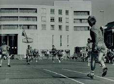 Kaatsen op z'n Belgisch, in 1991 op het Zaailand in Leeuwarden.