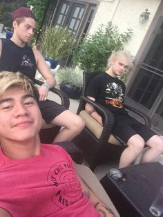 Not going to lie Cal looks really good in that colour