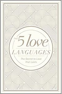 Buy Five Love Languages Hardcover Special Edition, The by Gary D. Chapman at Mighty Ape NZ. Simple Ideas, Lasting Love Falling in love is easy. Staying in love--that's the challenge! How can you keep your relationship fresh and growing amid . Date, Gary Chapman Books, 5 Love Languages Book, New Books, Good Books, Love You Husband, Kirara, Lasting Love, Hard To Love