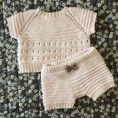 """Image of Mini 3006 """"Inderst Inde"""" Str. Crochet Doll Clothes, Doll Clothes Patterns, Clothing Patterns, Crochet Girls, Crochet Baby, Crochet Top, Baby Born, Best Baby Toys, Eco Clothing"""