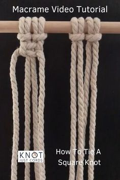 DIY macrame for beginners. Easy and simple macrame video tutorial. Step by step basic beginner knots Macrame Design, Macrame Art, Macrame Projects, How To Macrame, Micro Macrame, Macrame Wall Hanging Patterns, Macrame Plant Hangers, Free Macrame Patterns, Fun Crafts To Do