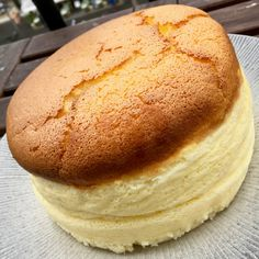 Un cheesecake japonais – fulguropain Cheesecake Cake, Cheesecake Recipes, Dessert Recipes, Desserts Around The World, Bread Baking, Sweet Recipes, Food And Drink, Yummy Food, Favorite Recipes