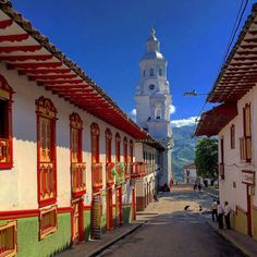 Pueblos Patrimonio de Colombia American Country, Latina, Cali, Places To Go, Beautiful Places, Building, Travel, Design, Landscapes
