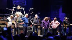 Jamoe, DerekTrucks, Butch Trucks, Gregg Allman, Warren Haynes, Marc Quinones and Oteil Burbridge of the Allman Brothers Band
