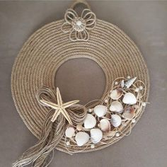 Deko 6 Knowing Cool Tips: Table Lamp Shades Modern repurposed lamp shades projects.Lamp Shades Diy G Seashell Art, Seashell Crafts, Beach Crafts, Shabby Chic Lamp Shades, Modern Lamp Shades, Jute Crafts, Diy And Crafts, Arts And Crafts, Diy Wreath