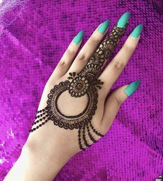 Short Mehndi Design, Best Arabic Mehndi Designs, Mehndi Designs Front Hand, Latest Henna Designs, Henna Tattoo Designs Simple, Back Hand Mehndi Designs, Stylish Mehndi Designs, Mehndi Designs Book, Mehndi Designs For Girls