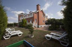 Villa de Vacaciones en Santander, Cantabria, España. 7 Dormitorios + 3 Baños + 16 Plazas > http://ow.ly/lQ5iI #AlwaysOnVacation