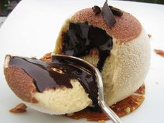 Se il cioccolato bianco diventa del colore del miele....