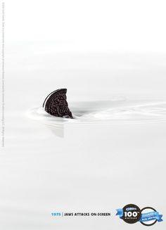 Campanha minimalista de 100 anos de OREO.  http://www.updateordie.com/2012/03/07/campanha-comemorativa-de-100-anos-da-oreo/
