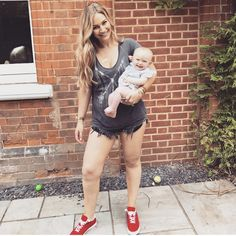 Saccone Jolys, Celebrity Pictures, Overall Shorts, Overalls, Celebrities, Shoulder, Tops, Women, Fashion