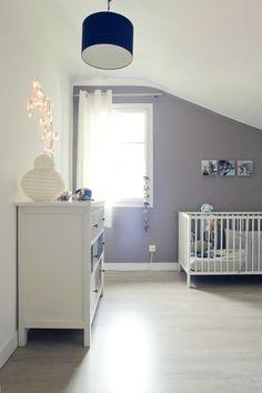 Jolie chambre bleue pour bébé garçon