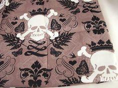 Skulls-amp-Cross-Bones-Fabric-Remnant-Doll-Clothes-Fabric-Bows-DIY-Craft-Sewing