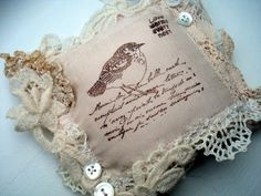 Den Lille Lade: NEW LAVENDERPILLOW, A GIFT AND A SWAP!